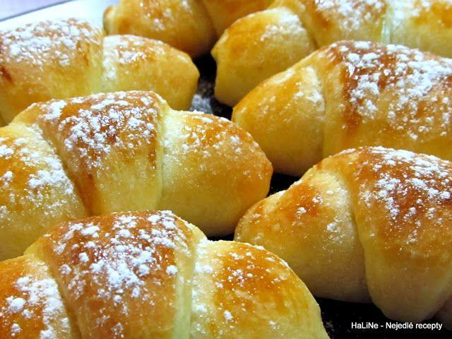 Nejedlé recepty: Sladké plněné rohlíčky