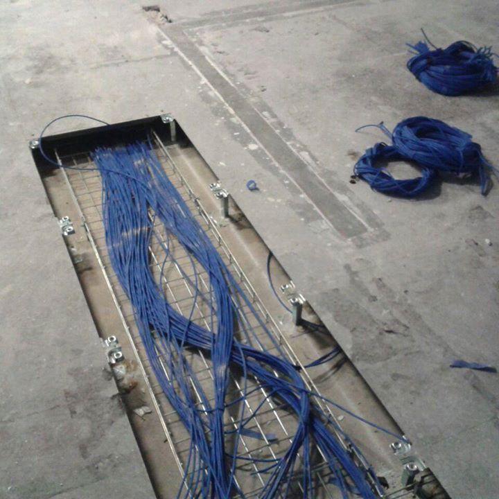 Mais uma atividade de desativação de data center. Foram removidos mais de 10 Km de cabos UTP que seriam descartados de forma inapropriada. Pensou em reciclar? Vem com a gente! #reciclagem #reciclagemeletronica #meioambiente #sustentabilidade #sucata #eletronica #computador #placas #descartecorreto #486reciclagem #saopaulo #sampa #sp #dicassp by 486reciclagem http://ift.tt/1WPMmz0