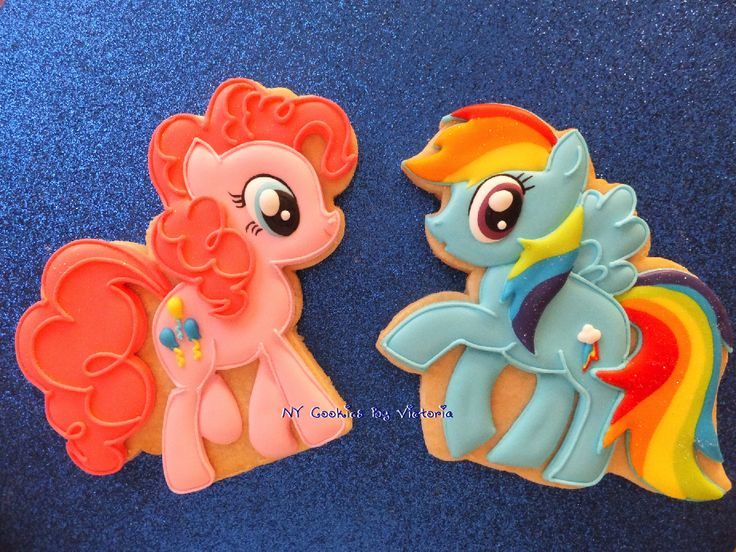 So cute I can't handle it: My Little Pony Cookies, Pinky Pie Cookie, Rainbow Dash Cookie, Friendship, Cookies Favors, Birthday Cookies, Birthday Favors, Birthday Cookies Favors, MLP Cookies.