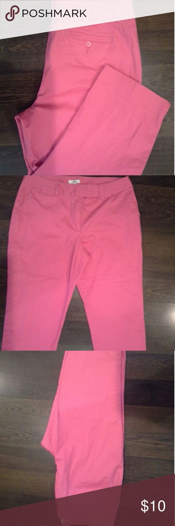 Fusia Pink Capri Pink Capris w/comfortable fit for any occasion .They are in very good condition Cato Pants Capris