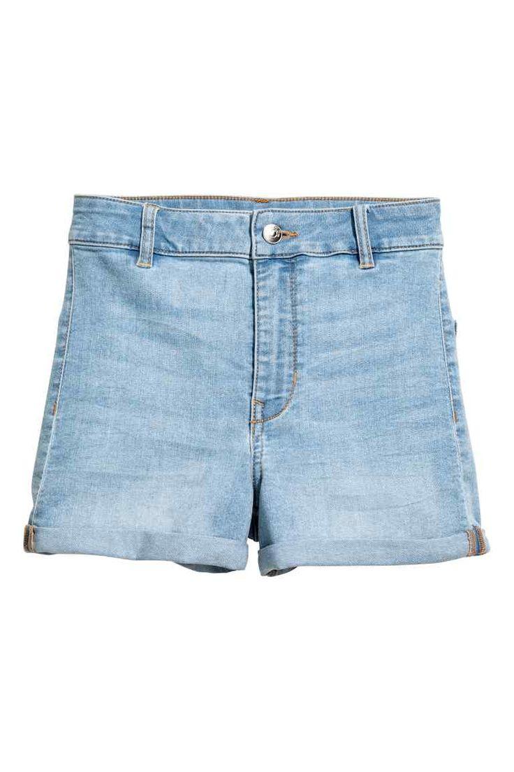 Calções High waist (denim claro): H&M (14,99€) ✓