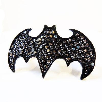 http://www.attitudeholland.nl/haar/accessoires/sieraden/ringen/batman-dubbele-ring-extreme-largeness/