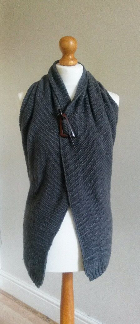 Backless Knitted Jacket Pattern 'Morgan' by MrsUMakes on Etsy, £2.00  @MrsUMakes #mymrsumakes