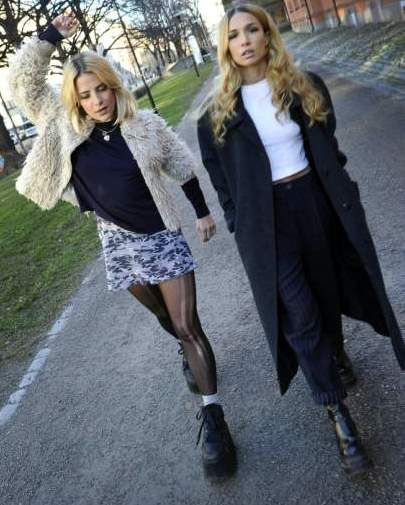 BABES !!! Rebecca & Fiona 2011 Dec #edm #djs #female_djs #rebecca_and_fiona Rebecca Scheja and Fiona FitzPatrick