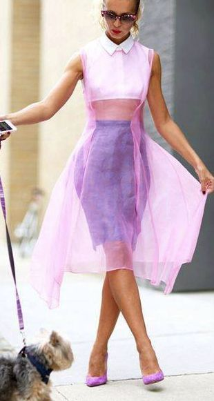 Pin By Mall World On The Big Apple Spring Street Style