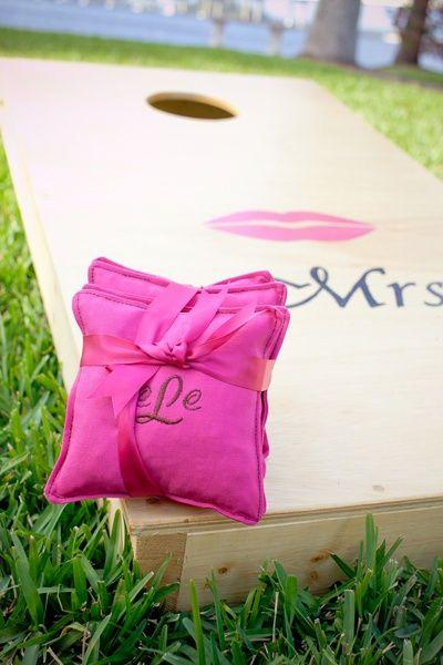 monogrammed cornhole bags   Set Free Photography #wedding