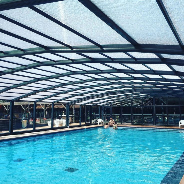 Frileux bienvenus 28C aujourd'hui sous l'abri piscine!   #camping #campsite #sablons #mer #beach #sea #vacances #holiday #picsoftheday #plage #France #French #sud #fun #sun #campinglessablons #Portiragnes #relax #summer #spring