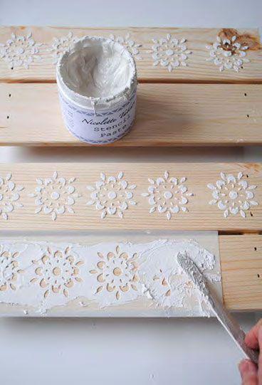 Cassette della frutta decorate con gli stencil