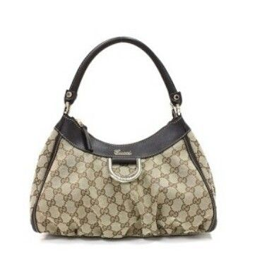 Buy this Gucci Hobo for Rs 40,000/- only !!