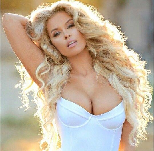 стало фото горячих грудастых блондинок порно