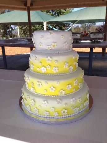 white sour cream wedding cake recipe 153 best images about more custom cakes on 27323