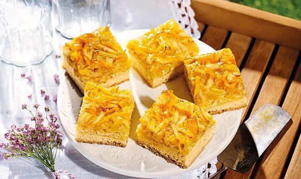 Apfel-Kürbis-Blechkuchen