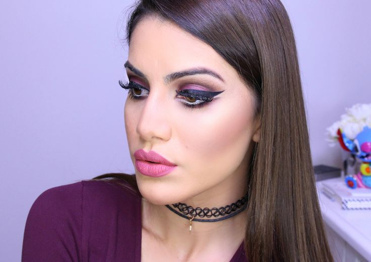 English Video: Maquiagem feminina e marcante