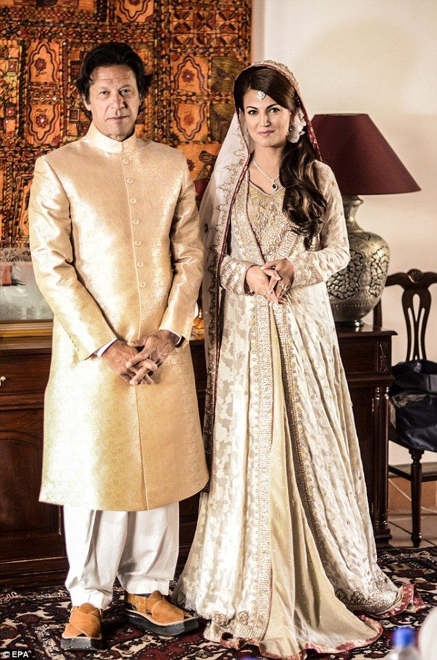 Finally: Imran Khan married his fiance, Reham, at an intimate wedding ceremony in Islamaba...