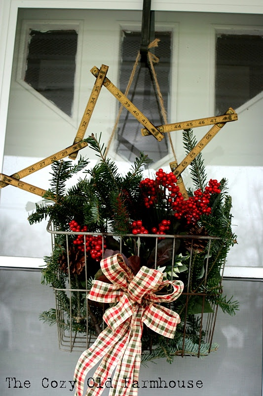 Old measuring tape star wreath, metal basket
