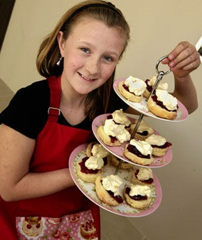 "Ashleigh's Lemonade Scones  ""Not many 10-year-olds can officially claim they are better cooks than their mum but Ashleigh Lucas can after winning a first prize at Perth Royal Show while her mum went home empty-handed.""  http://yhoo.it/xsLWCO"