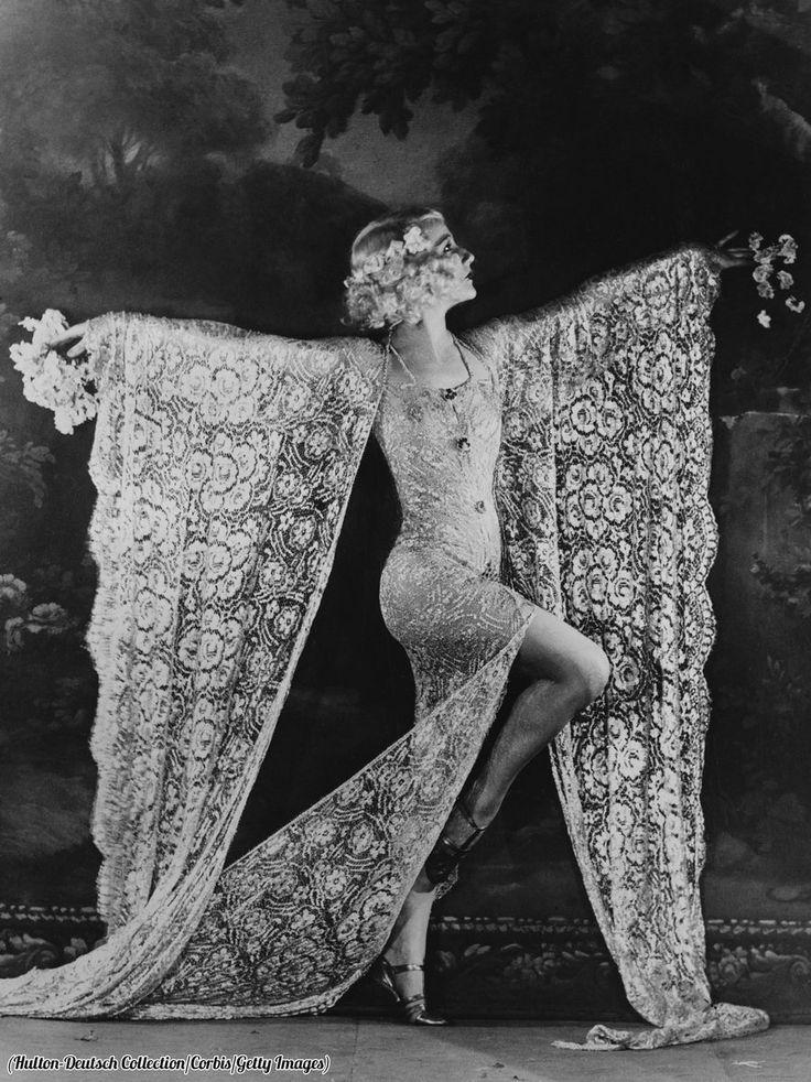 Edmonde Guydens dances at the Moulin Rouge, 1926.