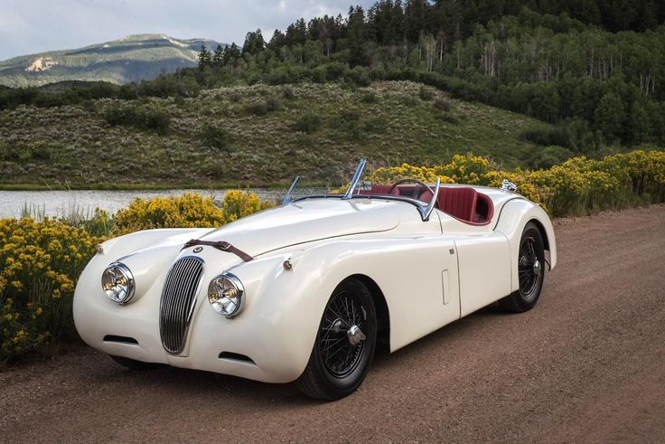 I'm not that into cars, but this one's just a beauty - 1953 Jaguar XK120 OTS