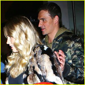 Ryan Lochte Helps Pregnant Girlfriend Kayla Rae Reid To Car After Night Out