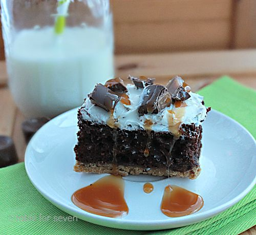 Chocolate Rolo® Cake - Ooo, yum! Love the idea of a graham cracker crust with this cake!