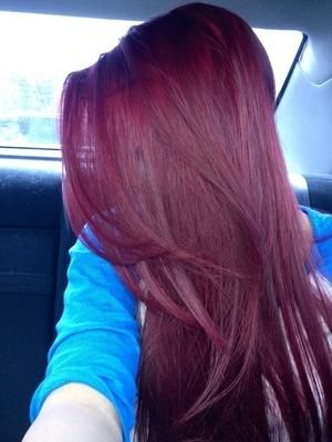 purple burgandy hair   Deep purple, almost burgundy dyed hair colour....I want this for my next color!!