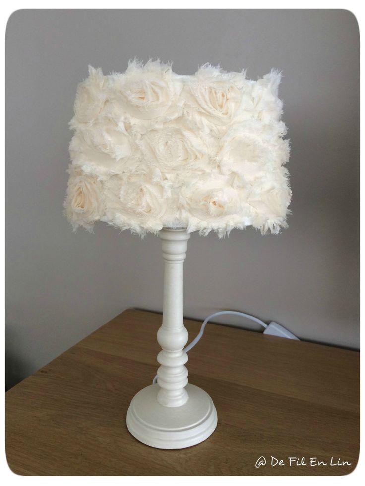Dfeln lampe shabby romantique dentelle brocante for Abat jour romantique chambre