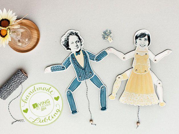 Hampelpüppchen individuell mit Eurem Bild als Hochzeitsdeko / individual jumping jack paper dolls, wedding, special decoration by stiften-gehen via DaWanda.com