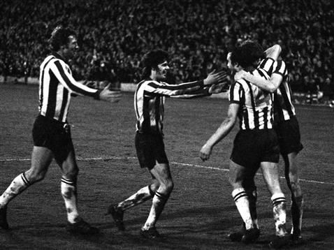 PARALLEL LINES: SHEFFIELD WEDNESDAY