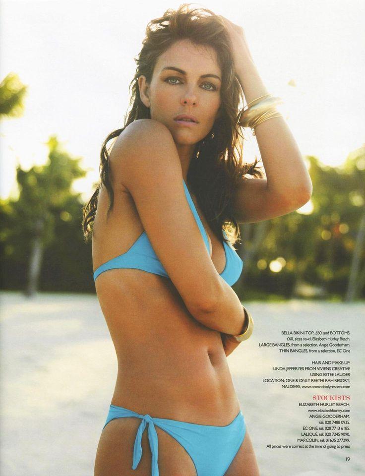Elizabeth Hurley - You Magazine Bikini Swimwear 0003.jpg;  1469 x 1918 (@35%)