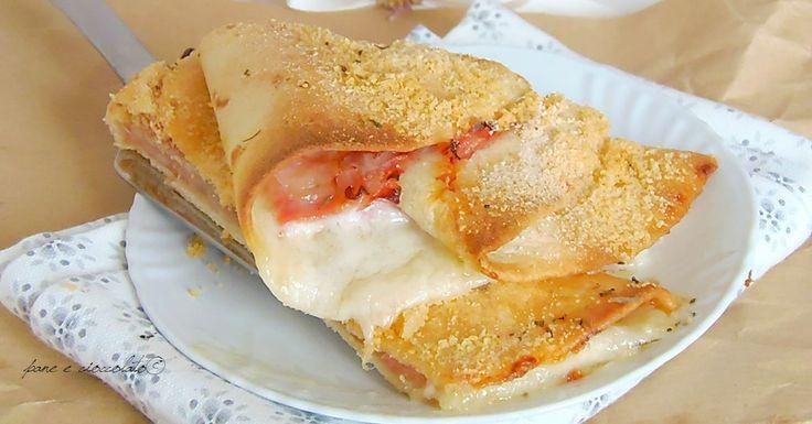 Ventagli di piadina alla mozzarella e prosciutto cotto facilissimi da fare e cremosi. Questa ricetta vi risolvera' la cena, i ventagli, infatti sono veloci, sfiziosi e piacciono parecchio a tutti.