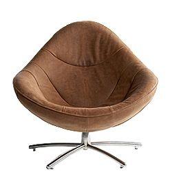 Fauteuil Hidde ontworpen door Gerard van den Berg voor Label. Kom langs bij Smellink Wonen + Design om fauteuil Hidde te bekijken.