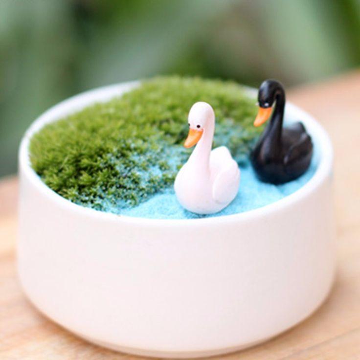 Micro Landscape World Countryside Swan Garden Ornaments Mini Two Swan Potted Home Garden Bonsai Micro Landscape DIY Bonsai Decor
