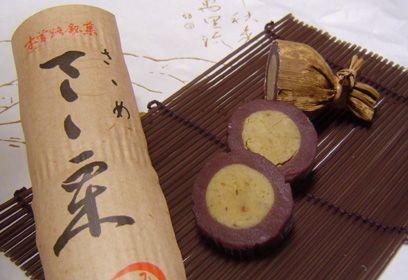 川上屋・さゝめさゝ栗 以前にご紹介いたしました 岐阜・中津川 にある 川上屋の栗きんとん ☆ 栗の旨味と香りが凝縮された この時期だけのシンプルで 上品なお気に入りの和菓子です。 その栗きんとんが、蒸し羊羹 で包まれた、川上屋さんの お菓子...