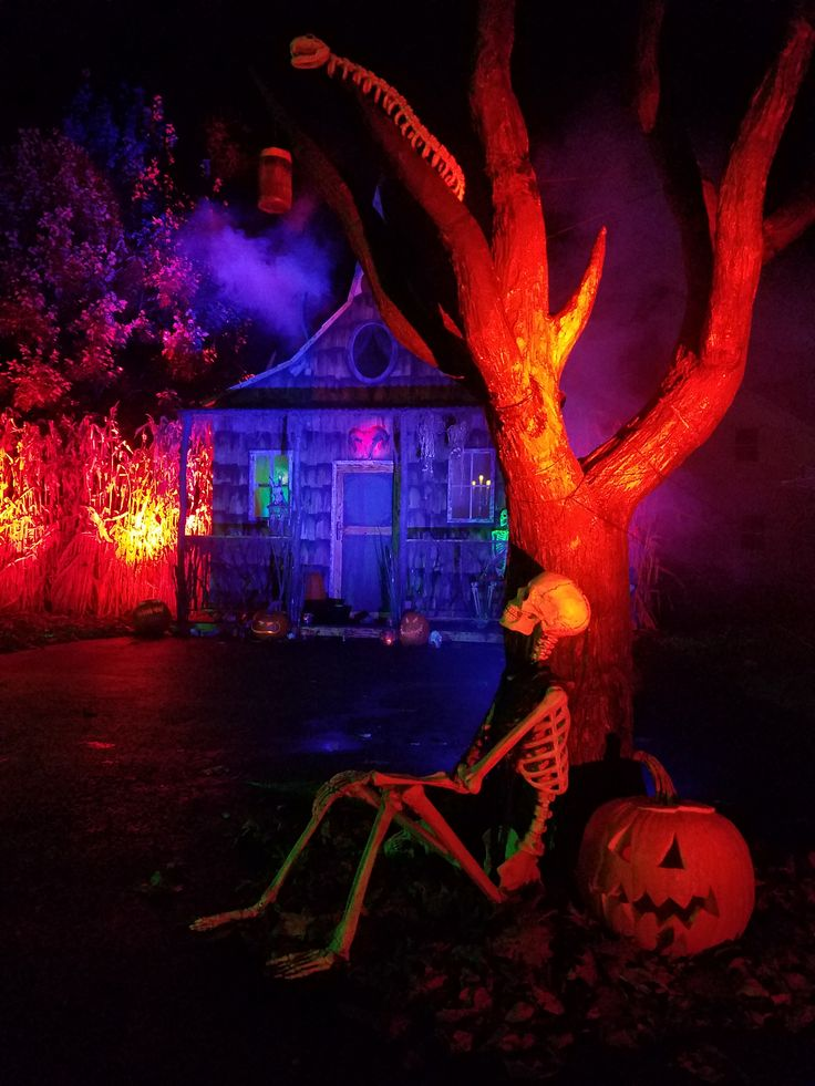 sk austin and kristy noble the haunting grounds halloween haunters hangout lighting ideasyard ideashalloween - Halloween Lighting Ideas