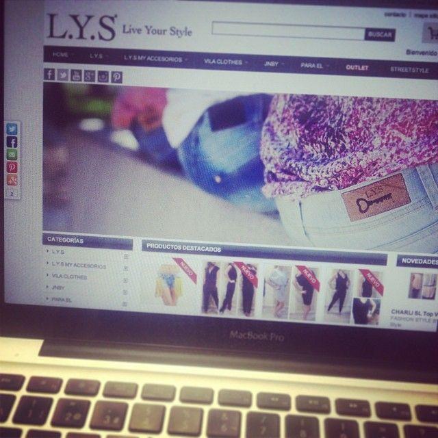 L.Y.S ONLINE