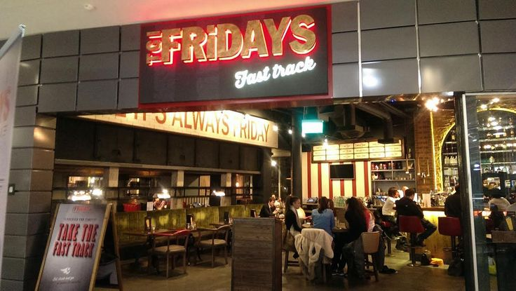 Food review: TGI Friday's Fast Track at Manchester Piccadilly - Emma Flanagan - Manchester Evening News