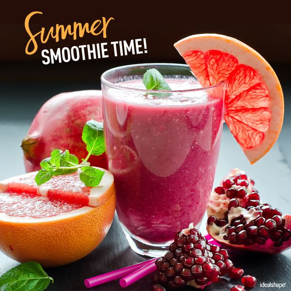 Summer Smoothie Time with a Raspberry Smoothie