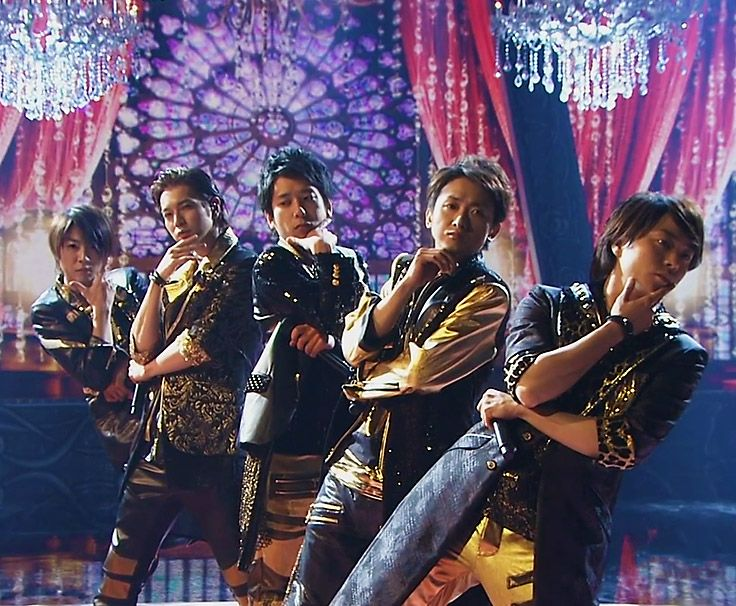 """Arashi, """"Endless Game"""" performance at FNS. 嵐 from eyes-with-delight.tumblr.com"""