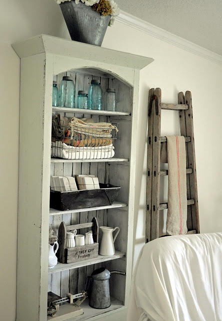 nice display cabinet AND an old ladder - yum!!Ball Jars, Farmhouse Decor, Features Farmhouse, Bookcas, Laurieannas Vintage, Farmhouse Friday, Farmhouse October, Vintage Homes, Mason Jars