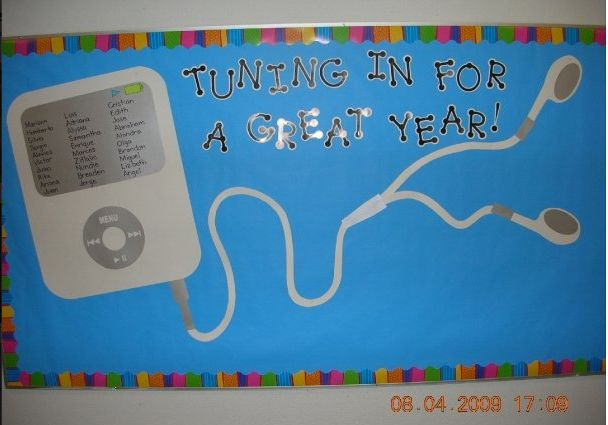 Back to school bulletin board - write students' names on iPod screen. She used CTP's Playful Patterns letters and black Dot-to-Sot letters. Great classroom idea!