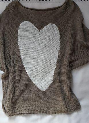 Kup mój przedmiot na #vintedpl http://www.vinted.pl/damska-odziez/swetry-z-dzianiny/7167280-sweterek-nietoperz-serduszko-sliczny-oversize