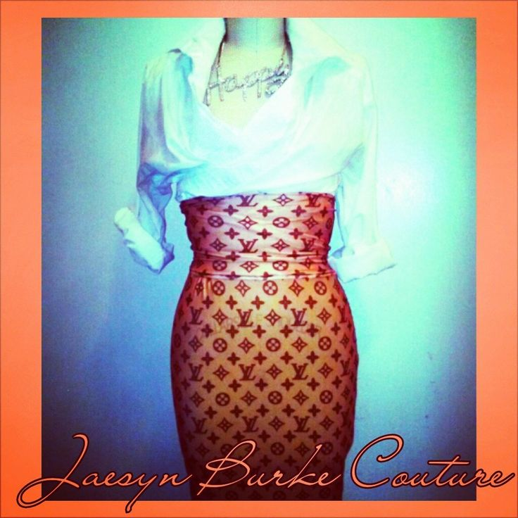This lightweight Louis Vuitton lycra pencil skirt has a wide high waist for extra slimming. This model is a M-L. Please allow 1 week for delivery. NOTE: THERE WAS ONLY ONE MODEL MADE IN THIS FABRIC.