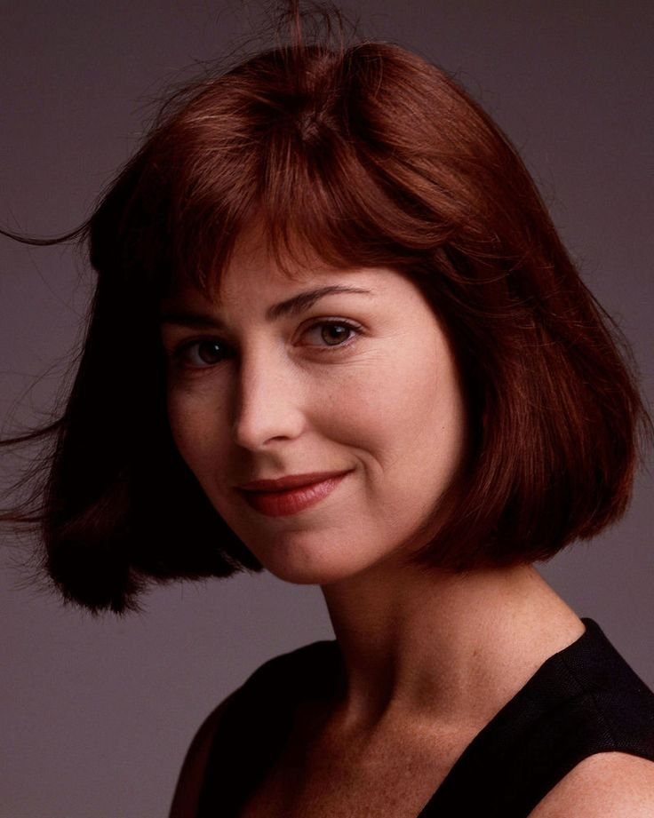 DANA DELANY - CHINA BEACH - TV SHOW PHOTO #48