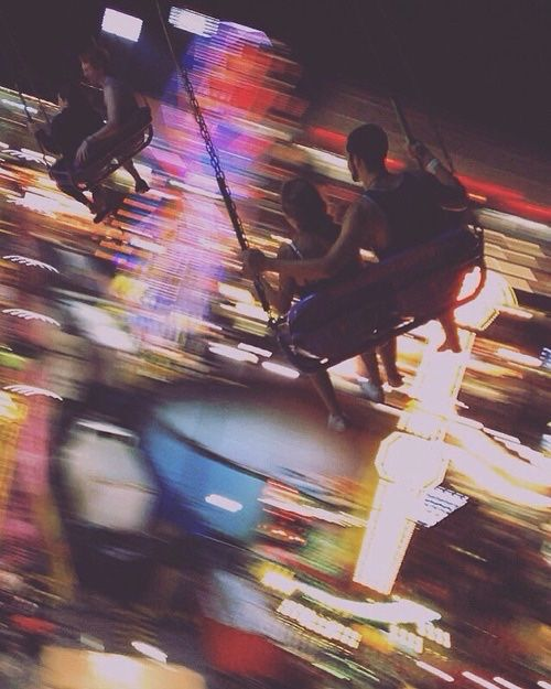 swing ride at night | carnivals + travel photography #adventure