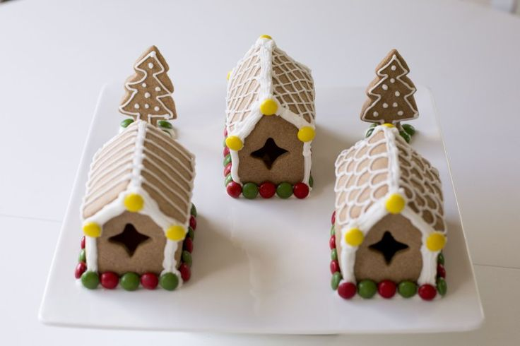 Gingerbread house #diy #mini #bake #recipe #glutenfree #Christmas