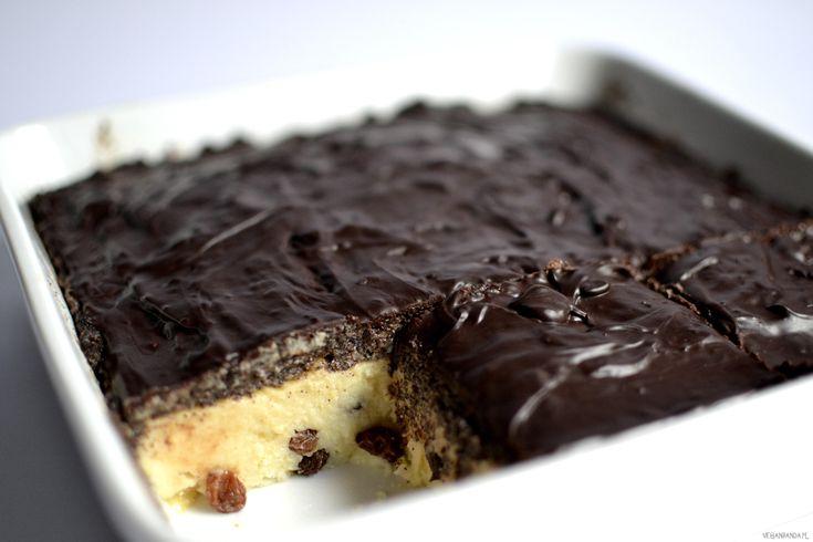 """No więc… po pierwsze to ciasto jest idealnym 2 w 1 na Święta (""""sernik"""" i makowiec w jednym). Po drugie nie trzeba go piec. Po trzecie składa się ze zdrowych składników i ma dużo wapnia (mielony mak):) Wykonanie: Daktyle zalewam wodą na min. 2 godziny albo gotuję na parze przez kilka minut. Kaszę jaglaną dokładnie […]"""