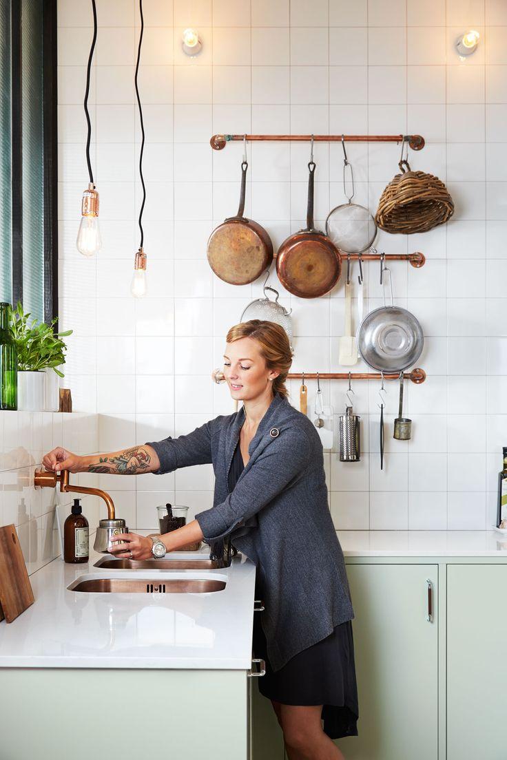 copper wall mounted faucet w/ double under-mount copper sinks = heaven ::