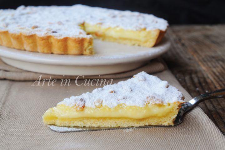 Torta della nonna aperta, ricetta dolce facile, veloce, dolce da merenda, dopo cena, ottimo per le feste, dolce con pasta frolla, crema pasticcera, dolce toscano
