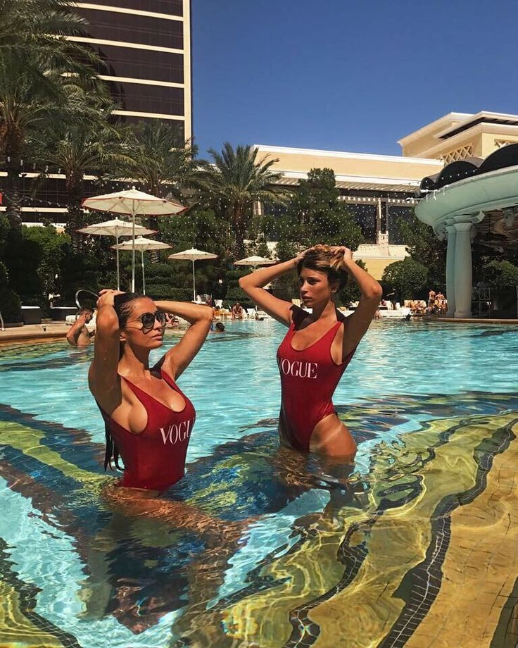 """627 Likes, 14 Comments - Paz Cornu (@pazcornu) on Instagram: """"Buenas noches reinas ! Vogue enteriza no puede faltar en tu vestidor para este verano ✨"""""""