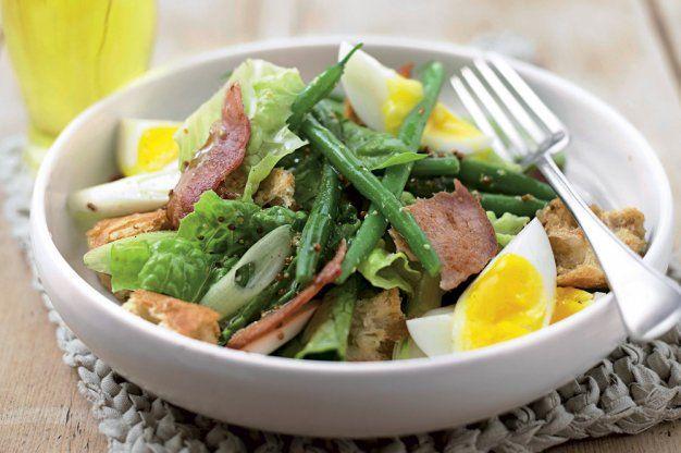 Teplý salát s vejci